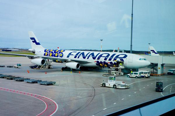 フィンランドを代表するブランドfinnairとmarimekkoのコラボ航空機