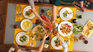 食時間をどう楽しみ、どう魅せるか